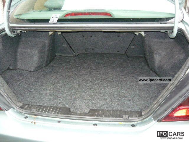 Chevrolet Nubira 2004 foto - 3