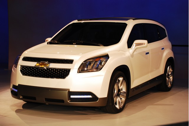 Chevrolet Orlando 2014 foto - 2
