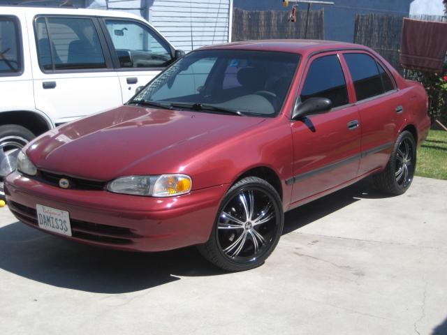 Chevrolet Prizm 1999 foto - 1