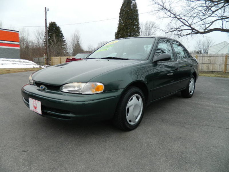Chevrolet Prizm 2000 foto - 3