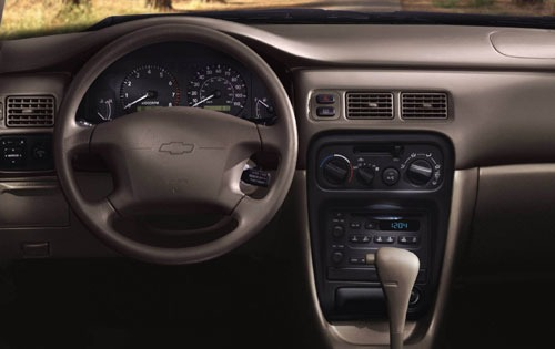 Chevrolet Prizm 2000 foto - 4