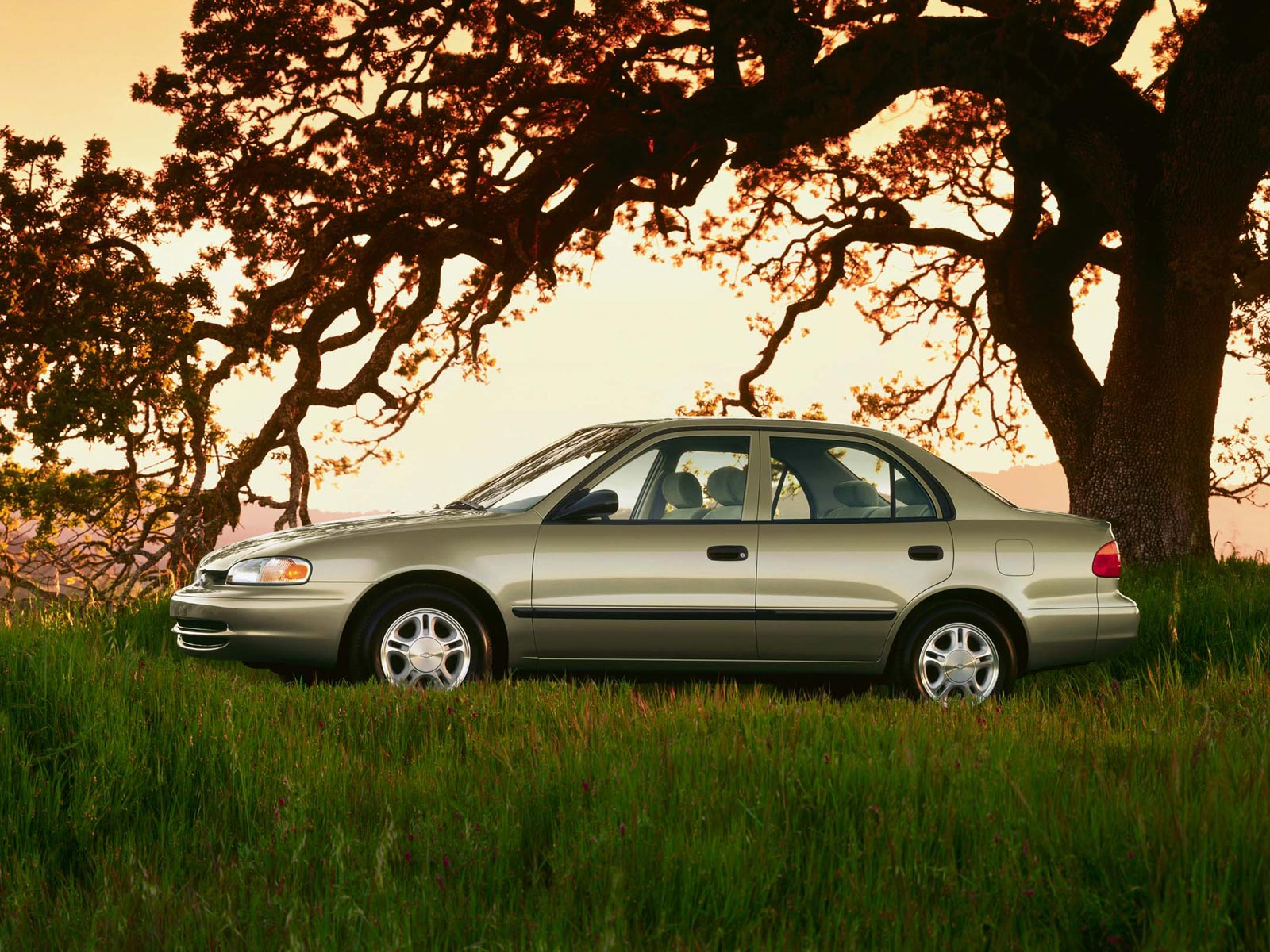 Chevrolet Prizm 2002 foto - 3