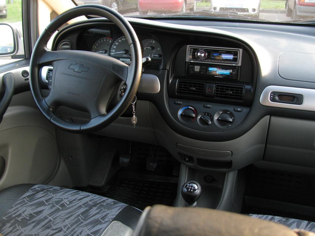Chevrolet Rezzo 2008 foto - 4