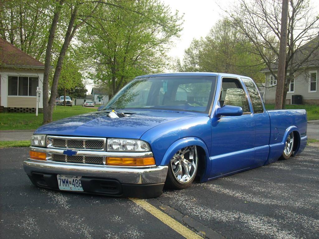Chevrolet S 10 1997 foto - 3