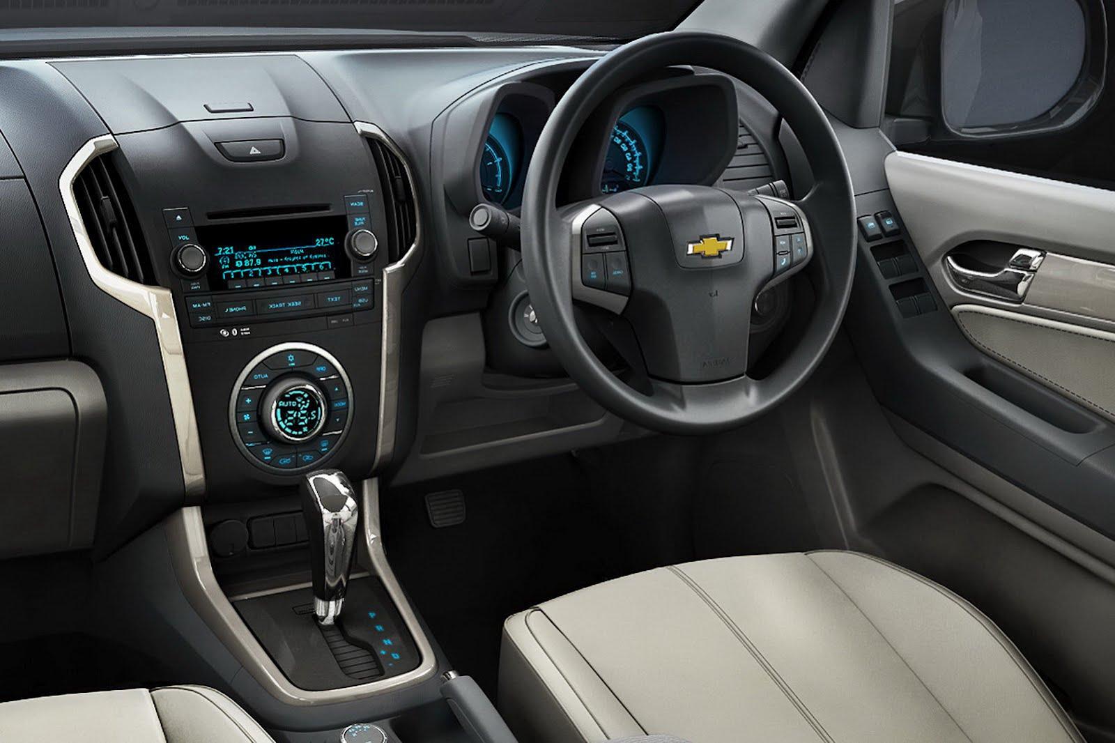 Chevrolet SUV 2012 foto - 3