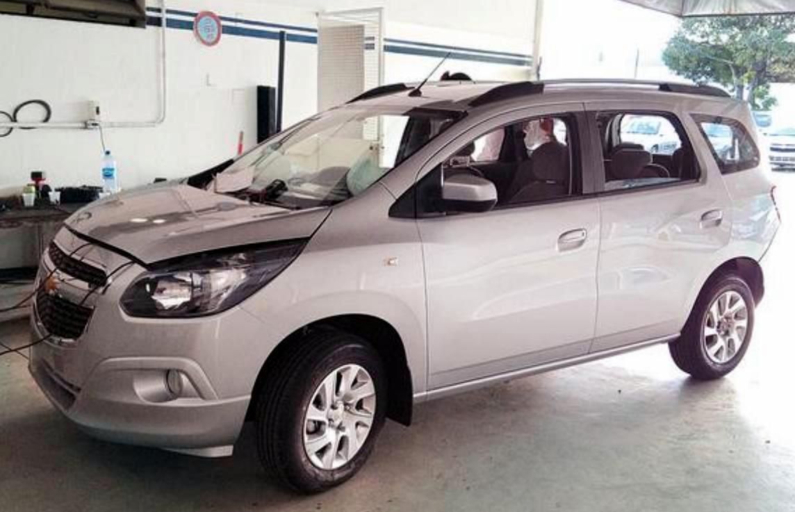 Chevrolet SUV 2012 foto - 4