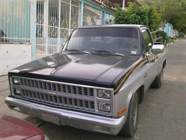 Chevrolet Silverado 1981 foto - 4