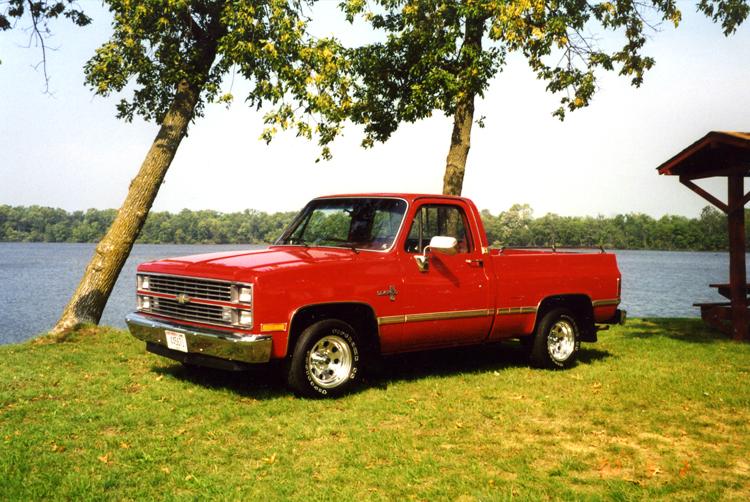 Chevrolet Silverado 1984 foto - 1