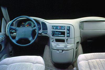 Chevrolet Silverado 1996 foto - 4