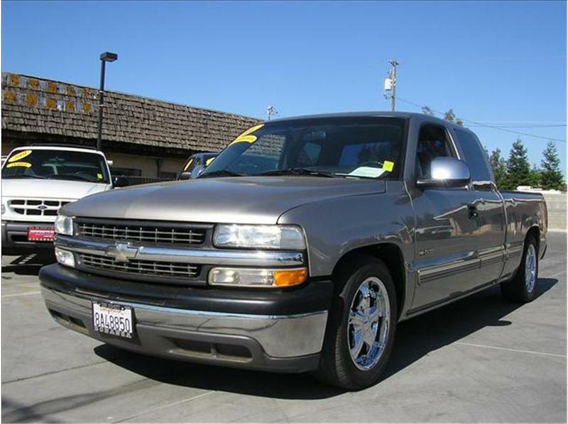 Chevrolet Silverado 2001 foto - 2