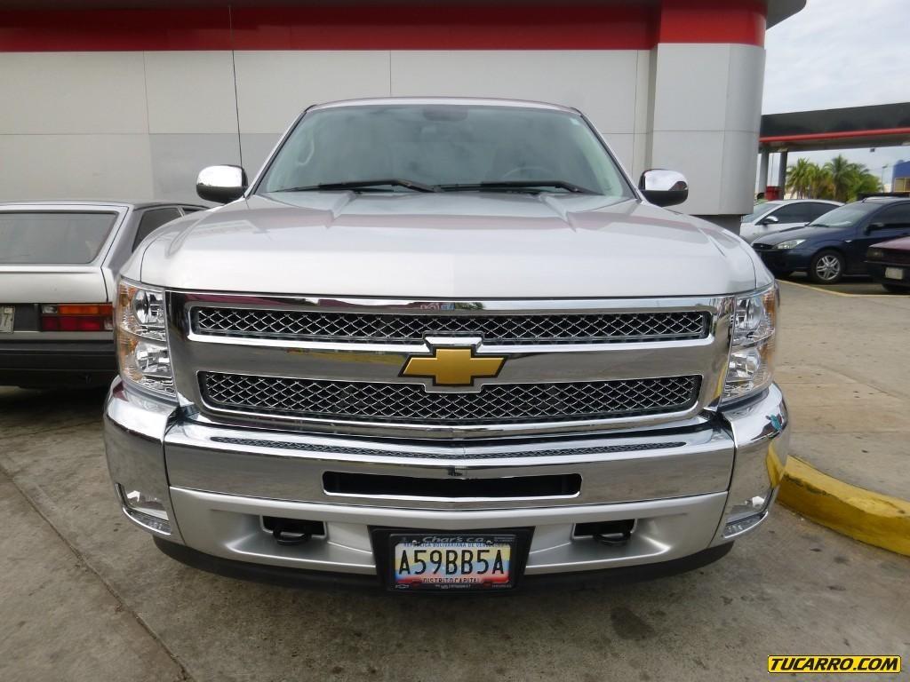 Chevrolet Silverado 2012 foto - 2