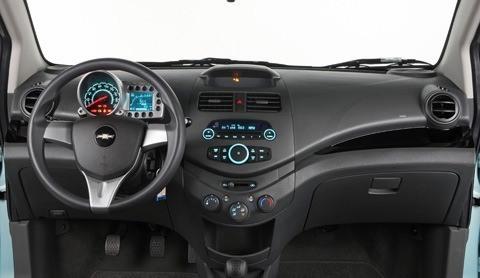 Chevrolet Spark 2011 foto - 4