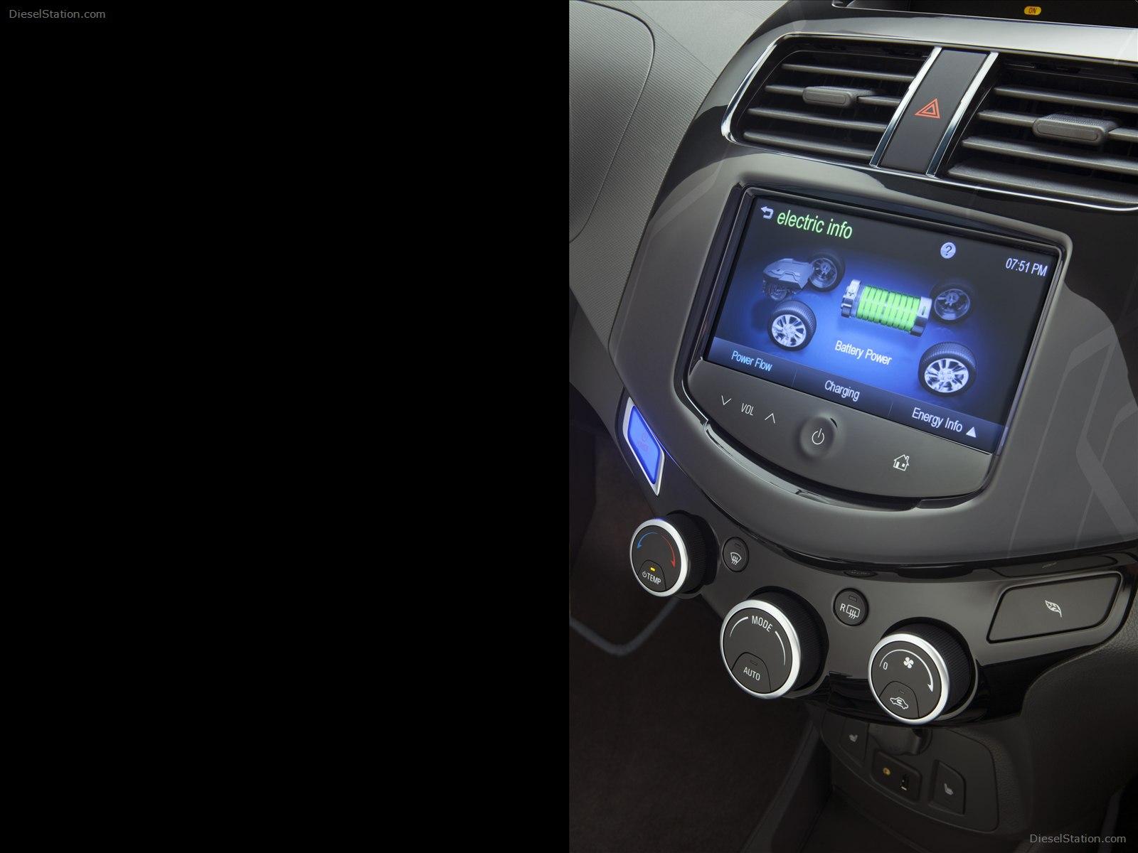 Chevrolet Spark 2014 foto - 2