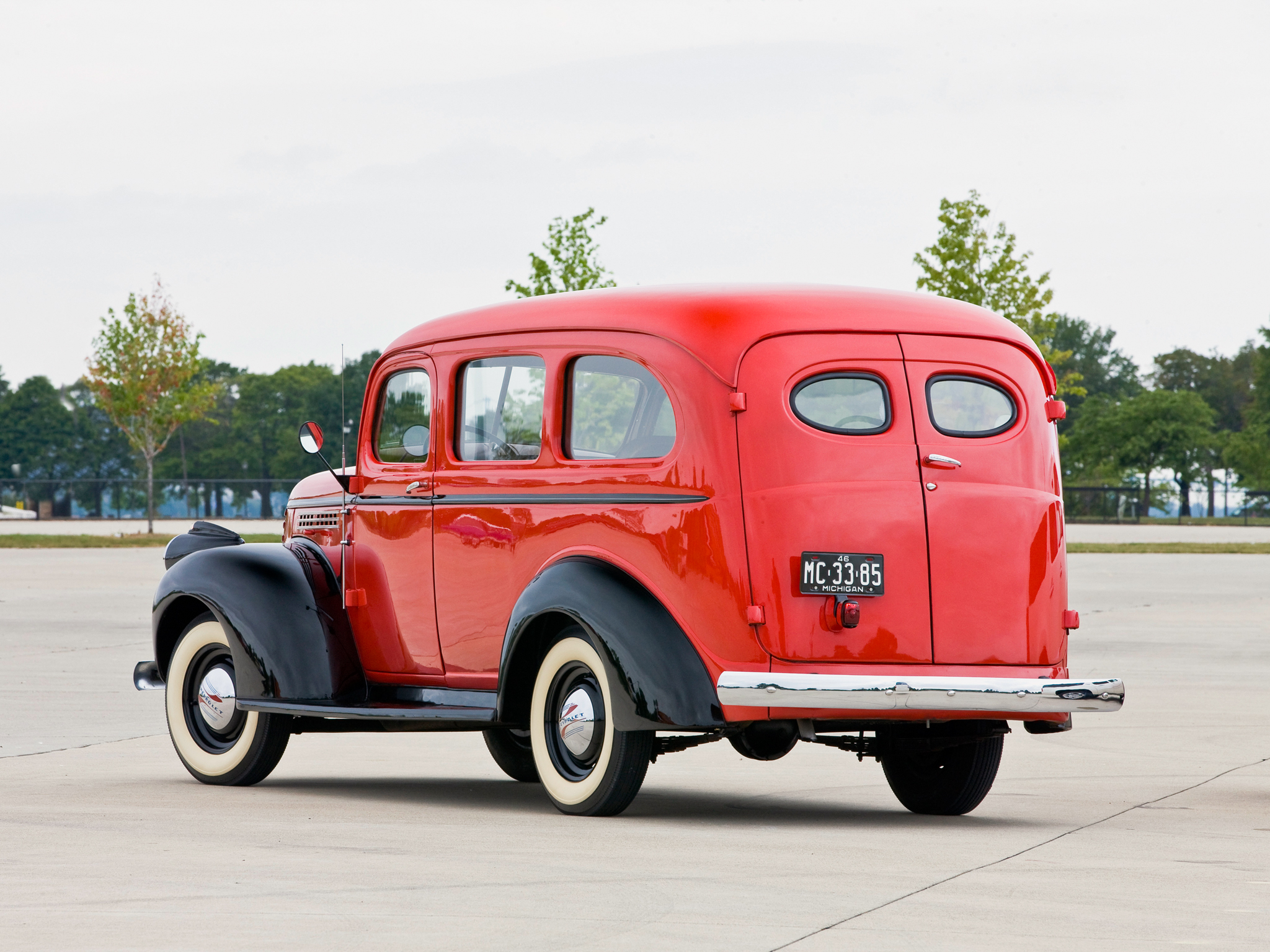Chevrolet Suburban 1933 foto - 4