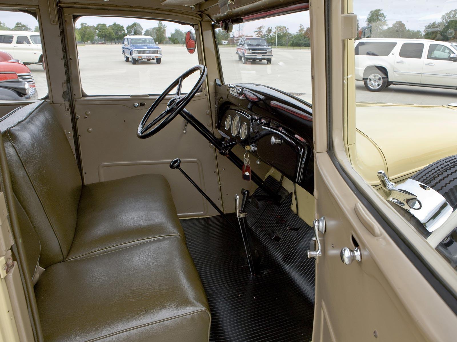 Chevrolet Suburban 1935 foto - 4