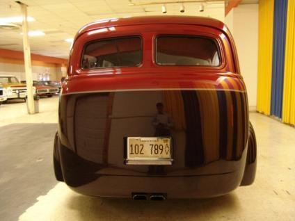 Chevrolet Suburban 1948 foto - 5