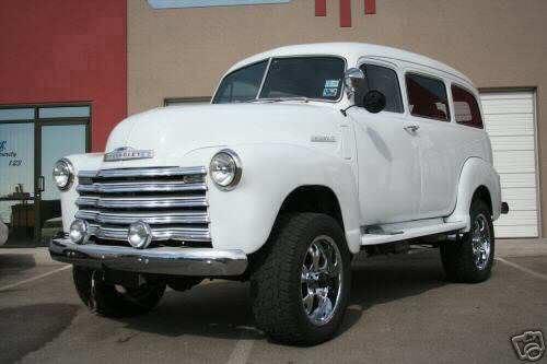 Chevrolet Suburban 1950 foto - 2