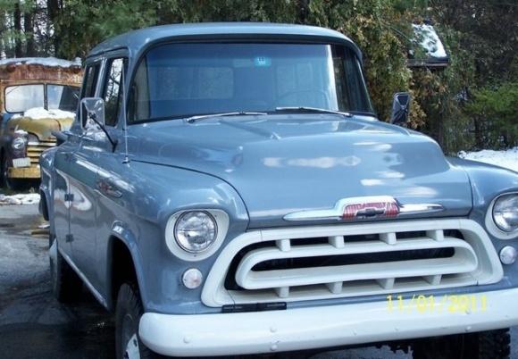 Chevrolet Suburban 1957 foto - 2
