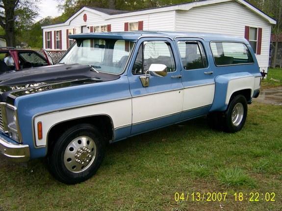 Chevrolet Suburban 1979 foto - 2