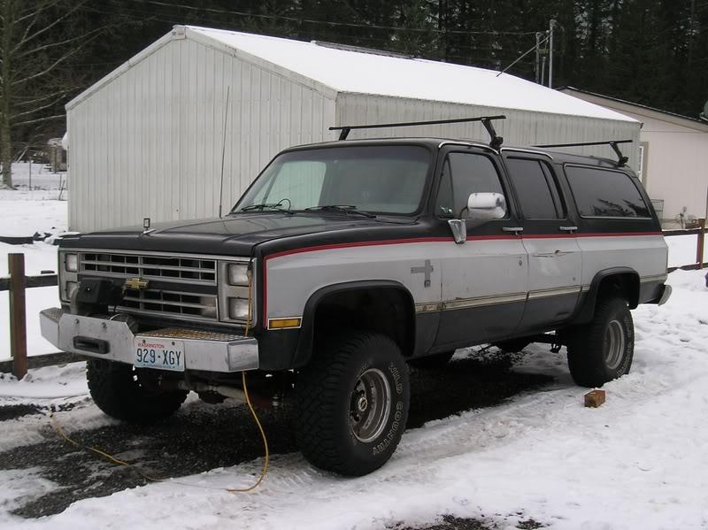 Chevrolet Suburban 1985 foto - 2