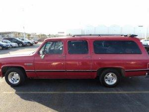 Chevrolet Suburban 1991 foto - 1