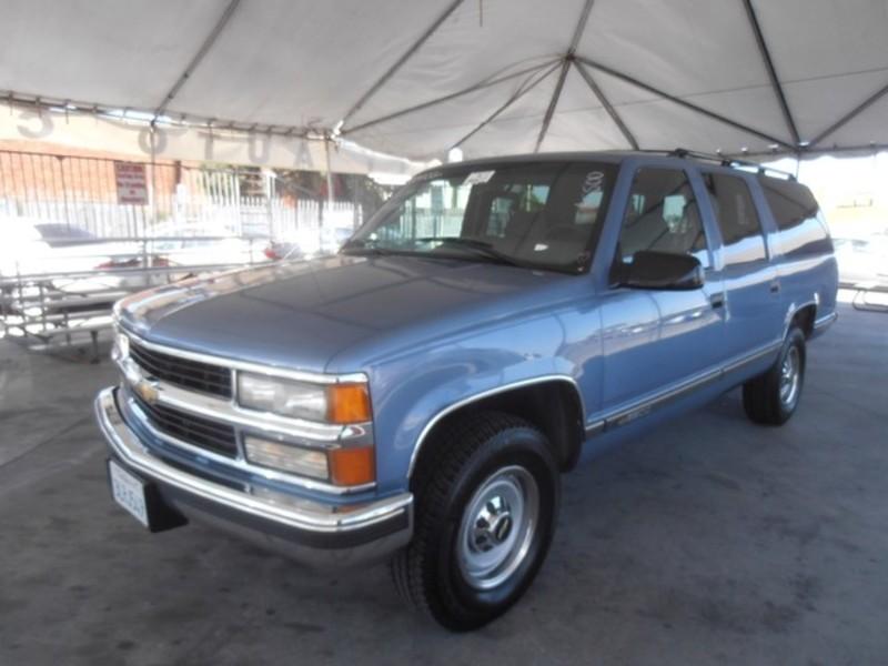 Chevrolet Suburban 1995 foto - 5