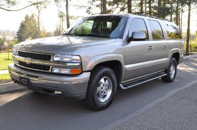 Chevrolet Suburban 2001 foto - 4