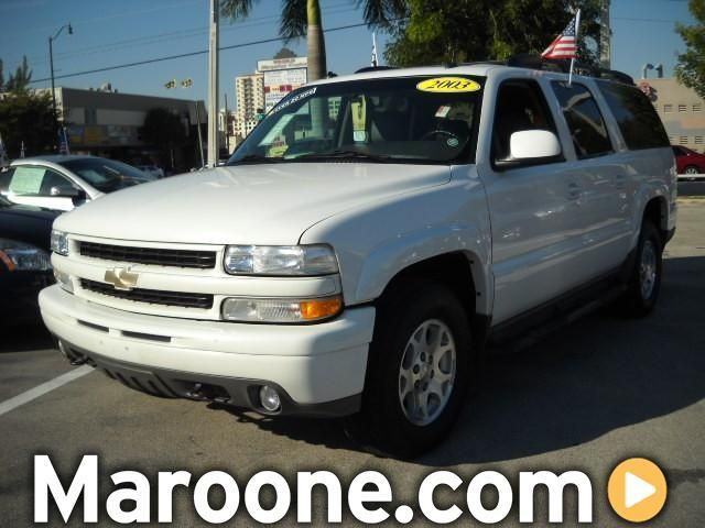 Chevrolet Suburban 2003 foto - 3