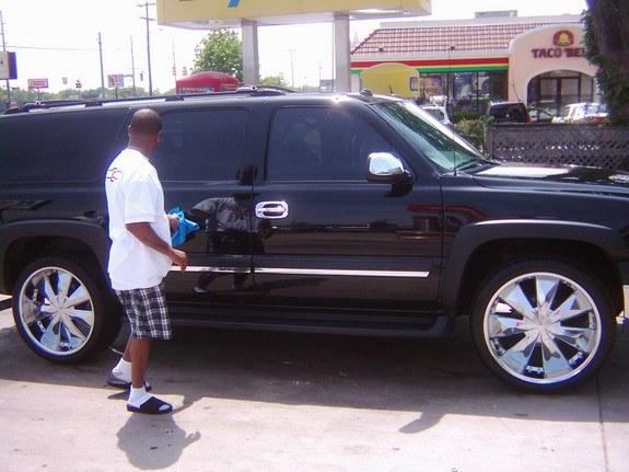 Chevrolet Suburban 2005 foto - 5