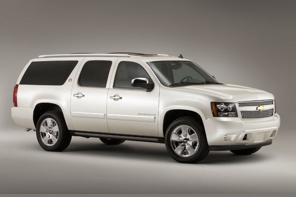 Chevrolet Suburban 2012 foto - 2
