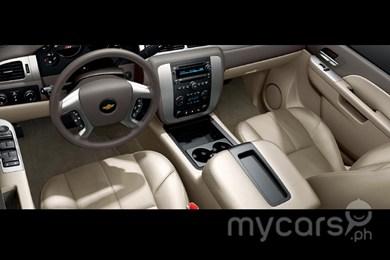 Chevrolet Suburban 2012 foto - 4
