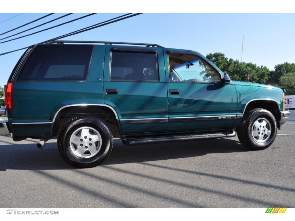 Chevrolet Tahoe 1995 foto - 4