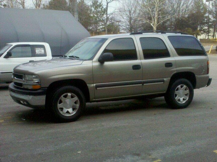 Chevrolet Tahoe 2002 foto - 2