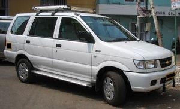 Chevrolet Tavera 2002 foto - 2