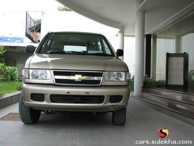 Chevrolet Tavera 2003 foto - 4