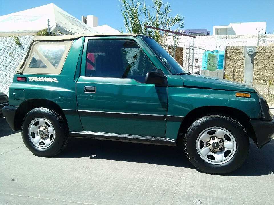 Chevrolet Tracker 1997 foto - 1