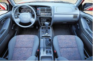 Chevrolet Tracker 1999 foto - 4