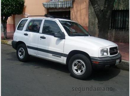 Chevrolet Tracker 2000 foto - 3