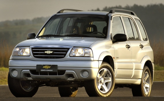Chevrolet Tracker 2001 foto - 1
