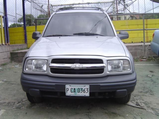 Chevrolet Tracker 2002 foto - 3