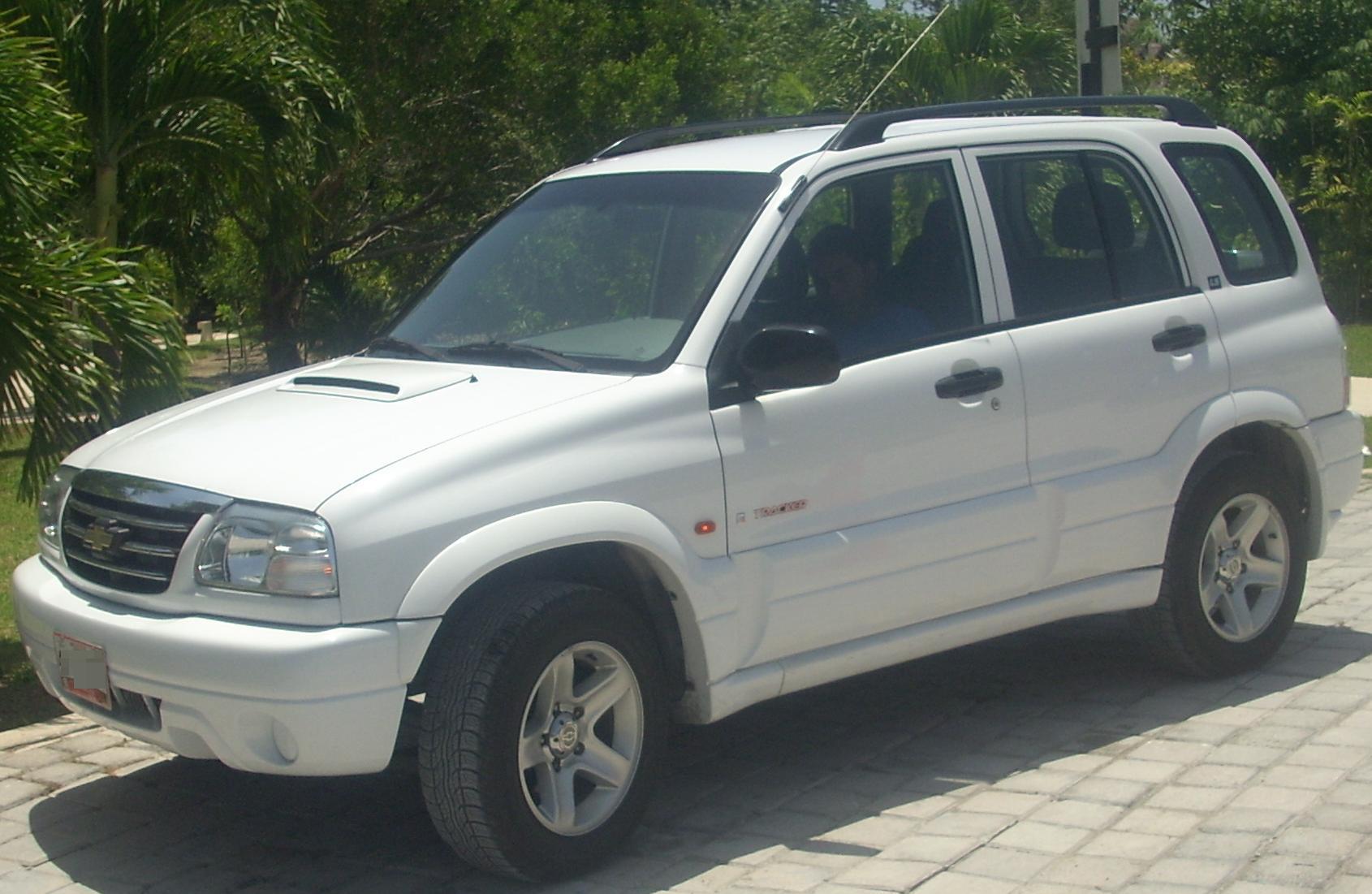 Chevrolet Tracker 2002 foto - 4