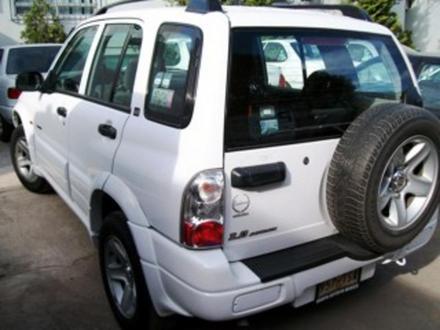 Chevrolet Tracker 2005 foto - 1
