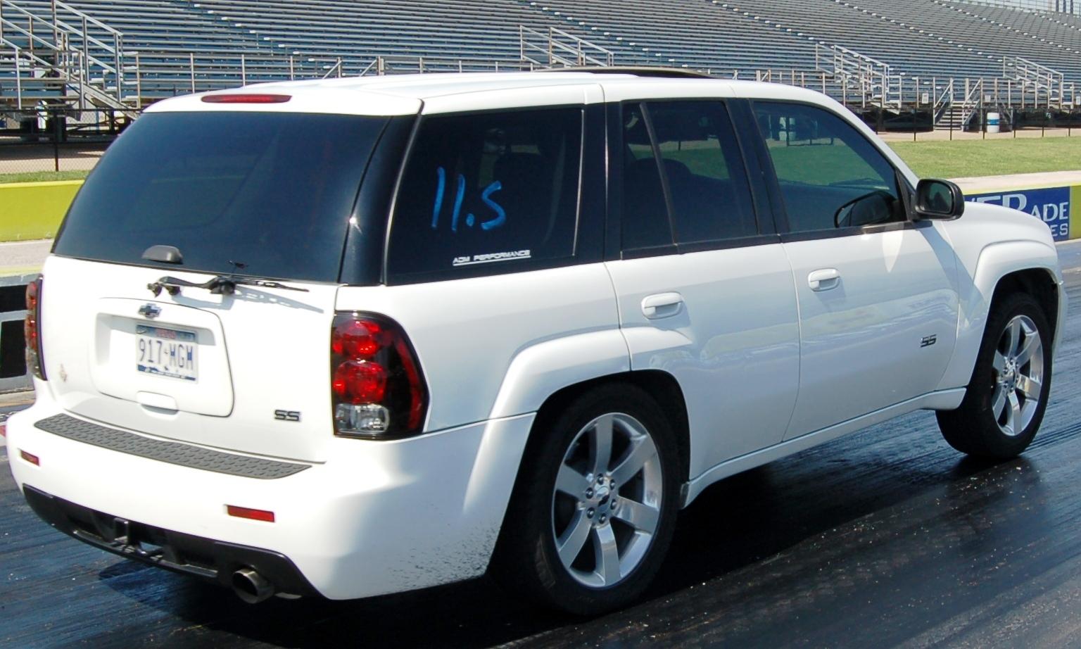 Chevrolet Trailblazer 2004 foto - 3
