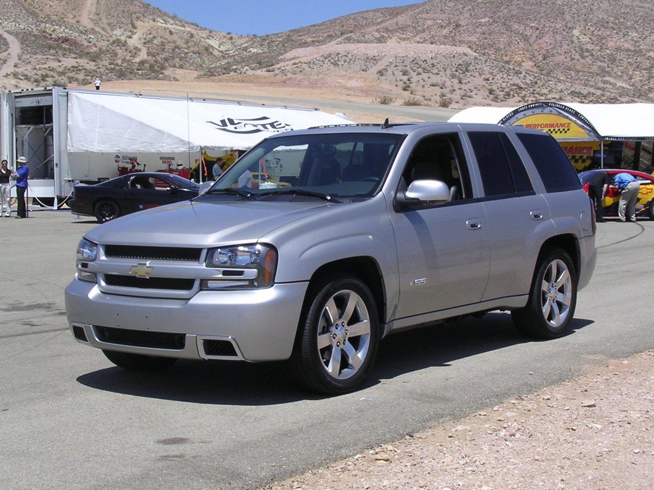 Chevrolet Trailblazer 2004 foto - 4