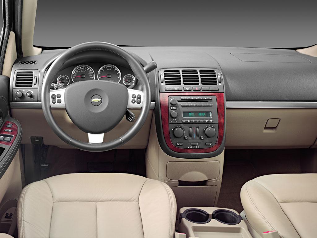 Chevrolet Uplander 2005 foto - 3