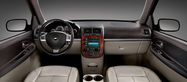 Chevrolet Uplander 2015 foto - 3