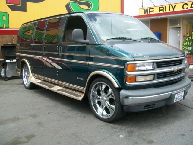 Chevrolet Van 1996 foto - 3