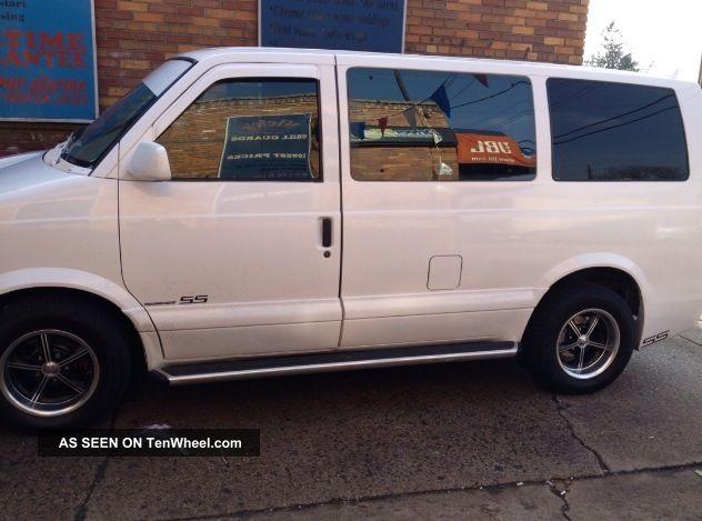 Chevrolet Van 1997 foto - 2