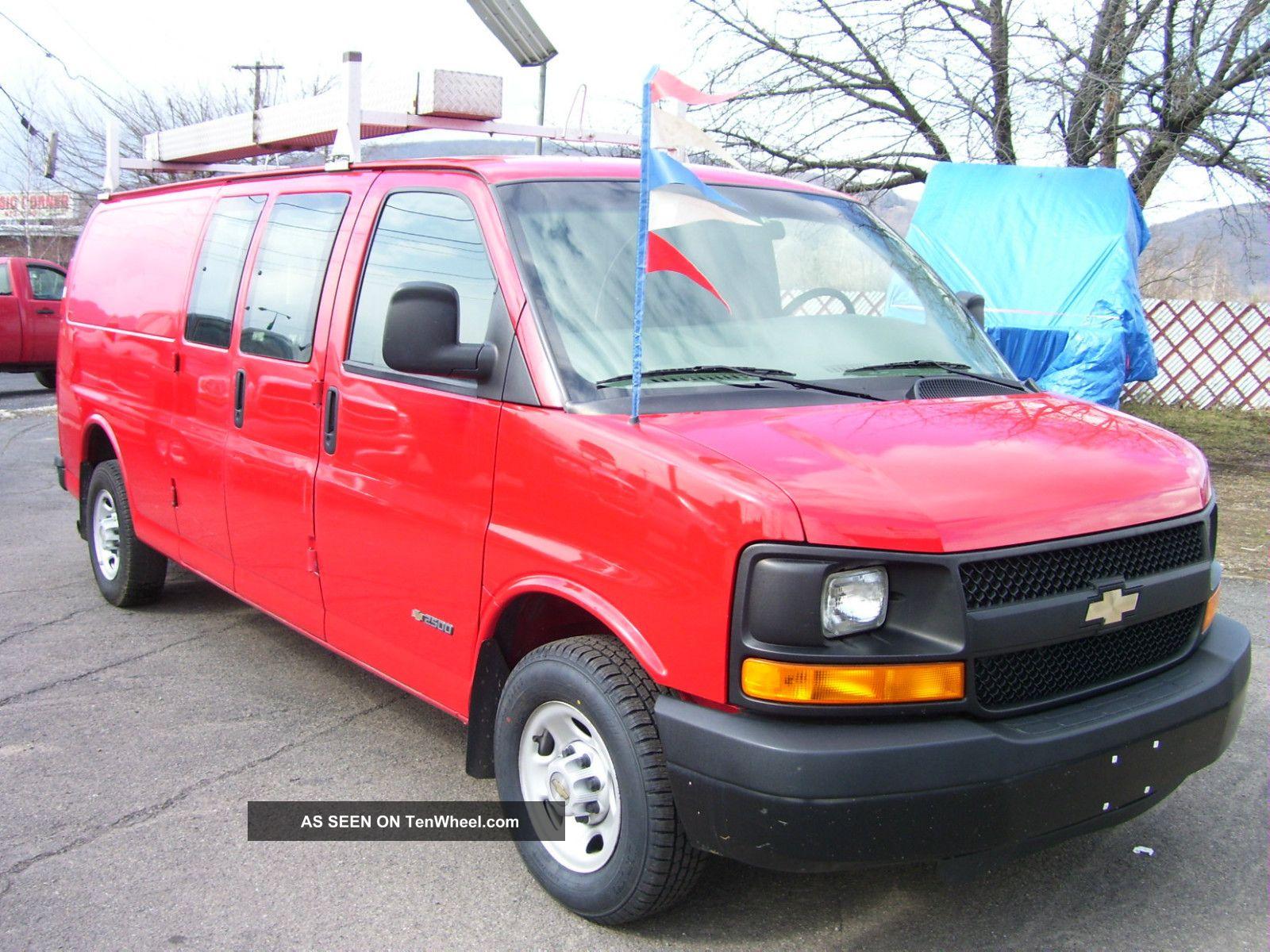 Chevrolet Van 2004 foto - 4