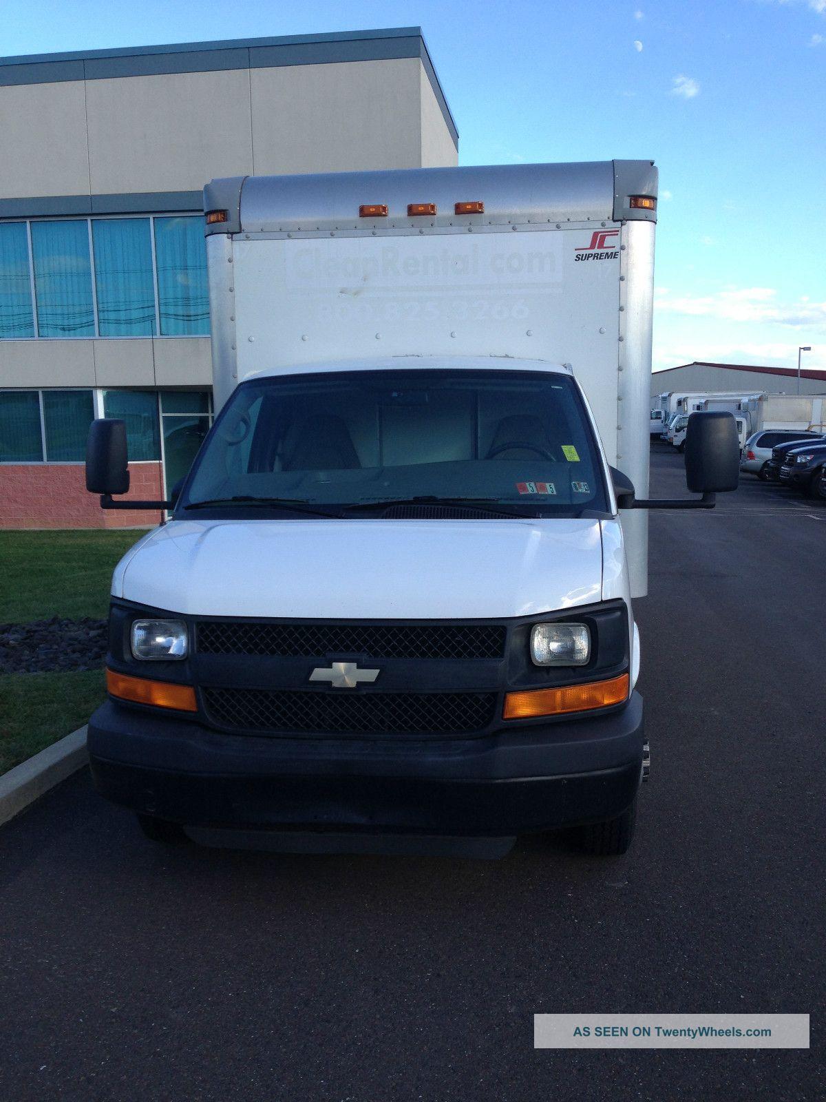 Chevrolet Van 2009 foto - 3